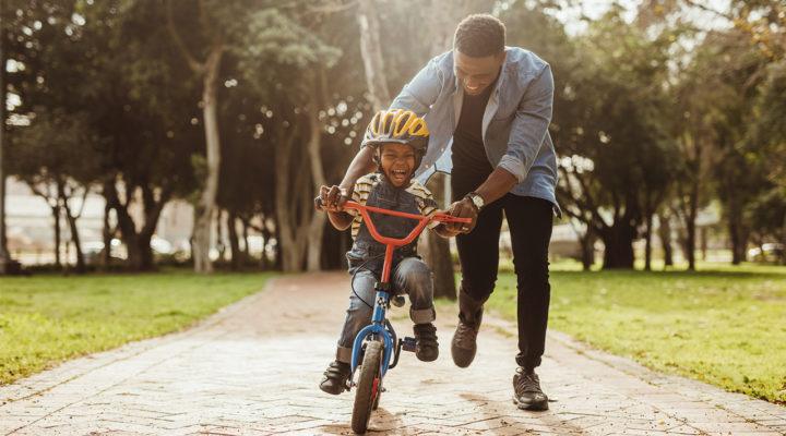 nar lar sig barn cykla